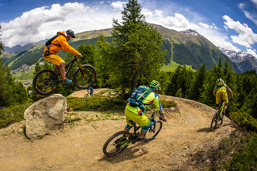 Sentieri mountain-bike a Carosello 3000
